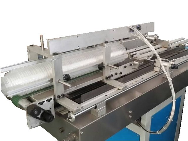 cup counting and packing machine
