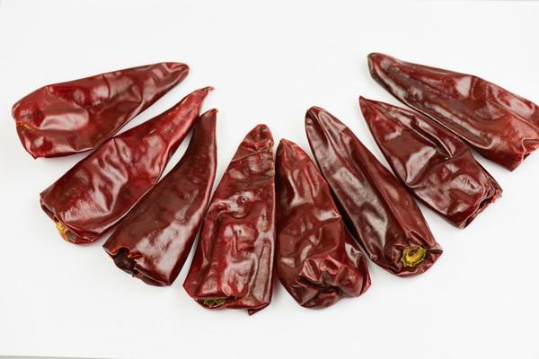Yidu chilli stemless.jpg