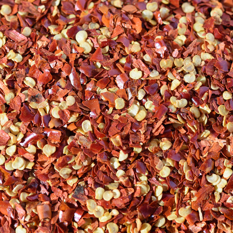 chilli flakes 2-4mm with 40% seeds.jpg