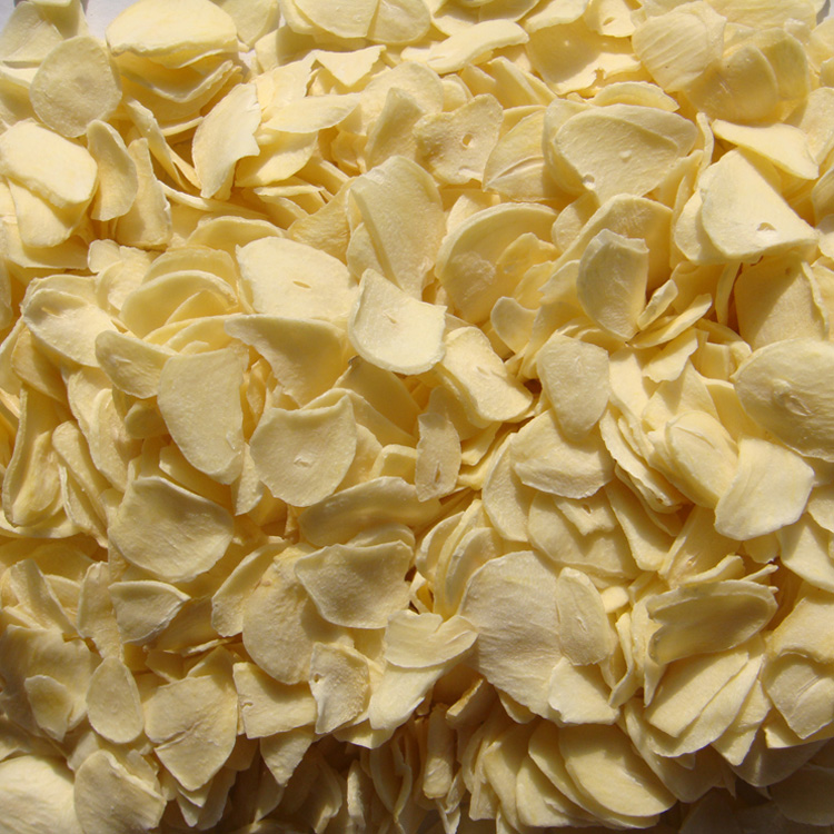 garlic flakes.jpg